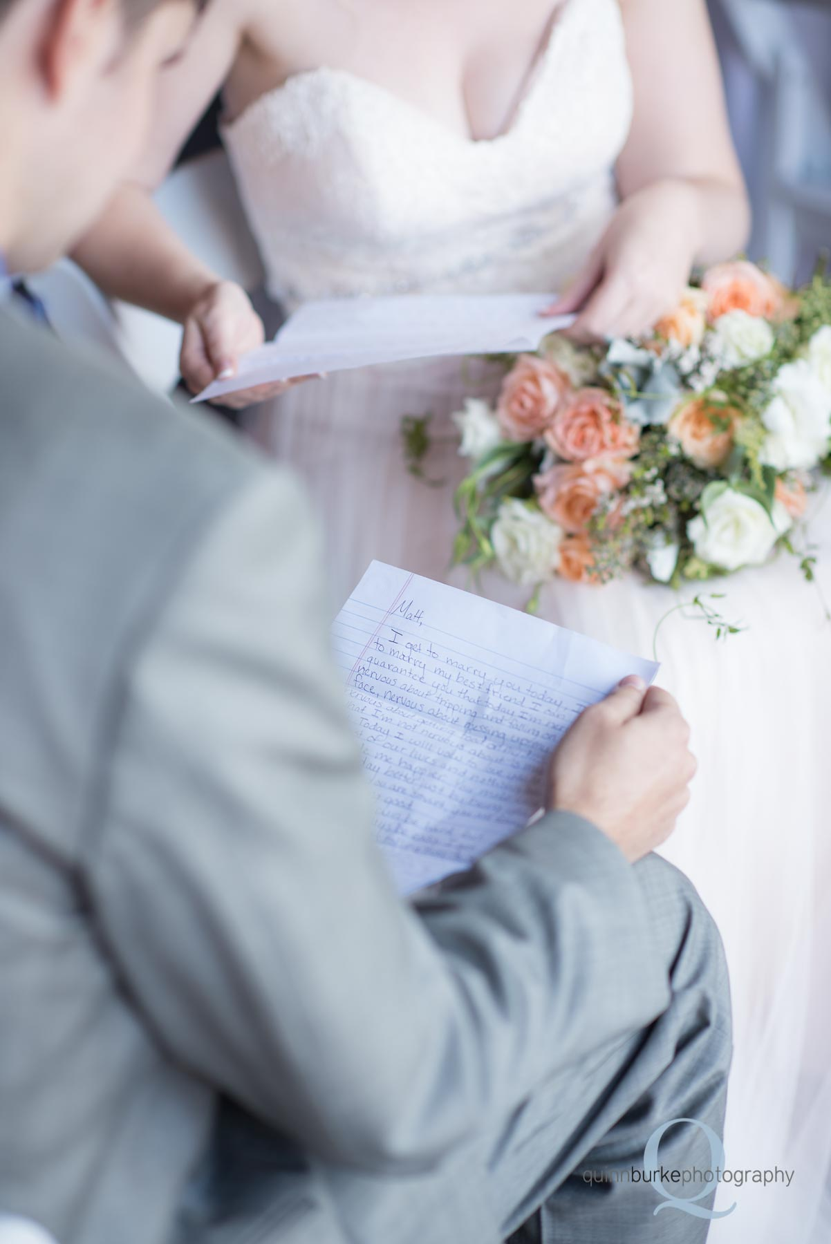 groom reads note from bride before wedding oregon