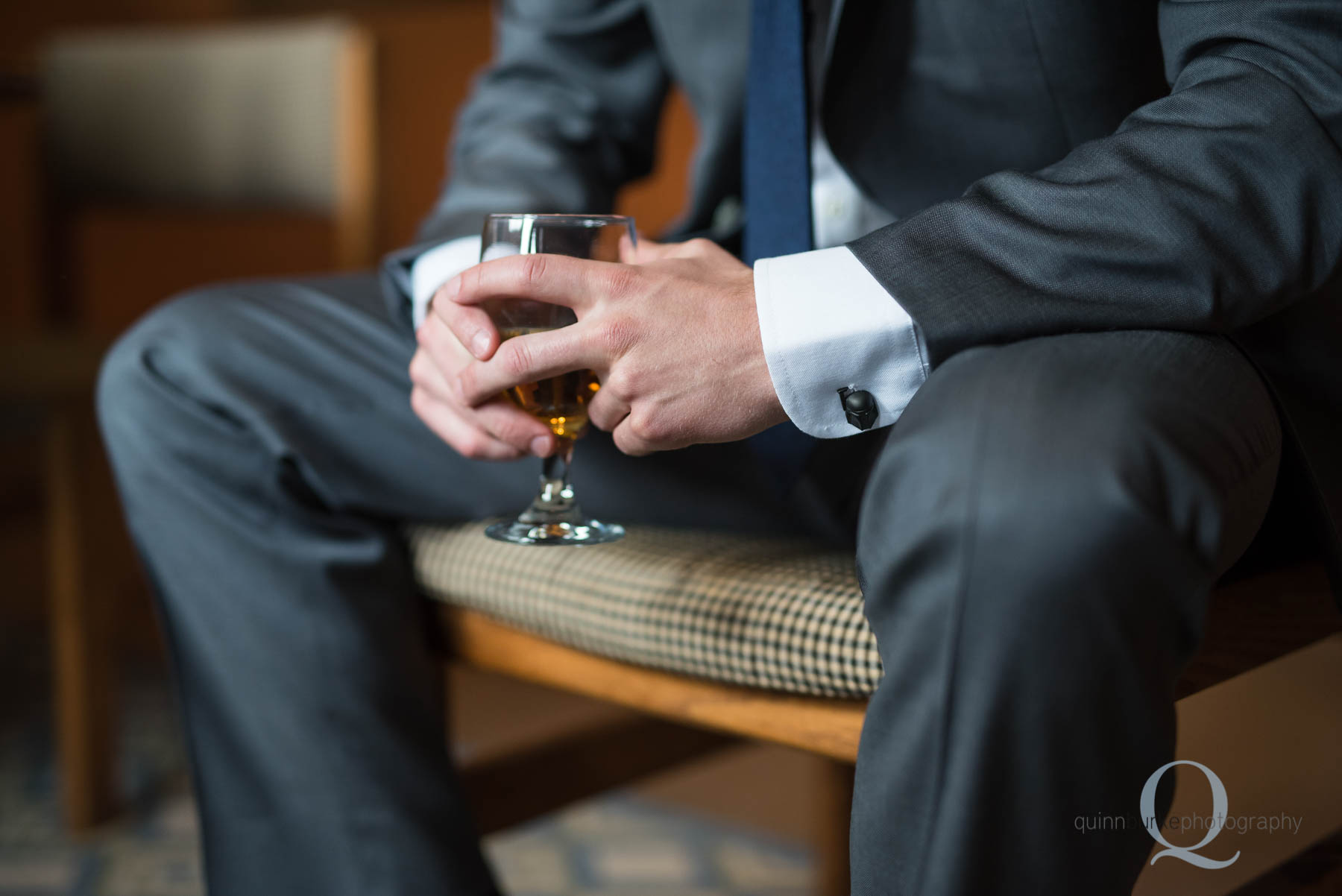 groom with glass of whiskey before wedding in salem oregon