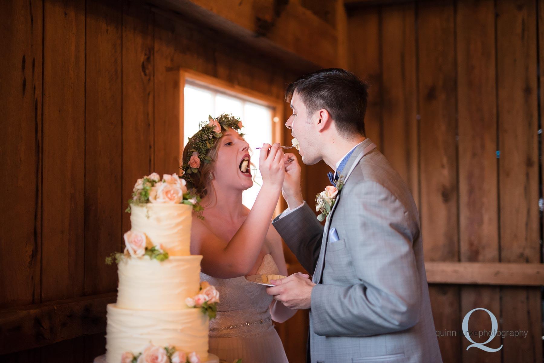 cake cutting oregon barn wedding at Perryhill Farm