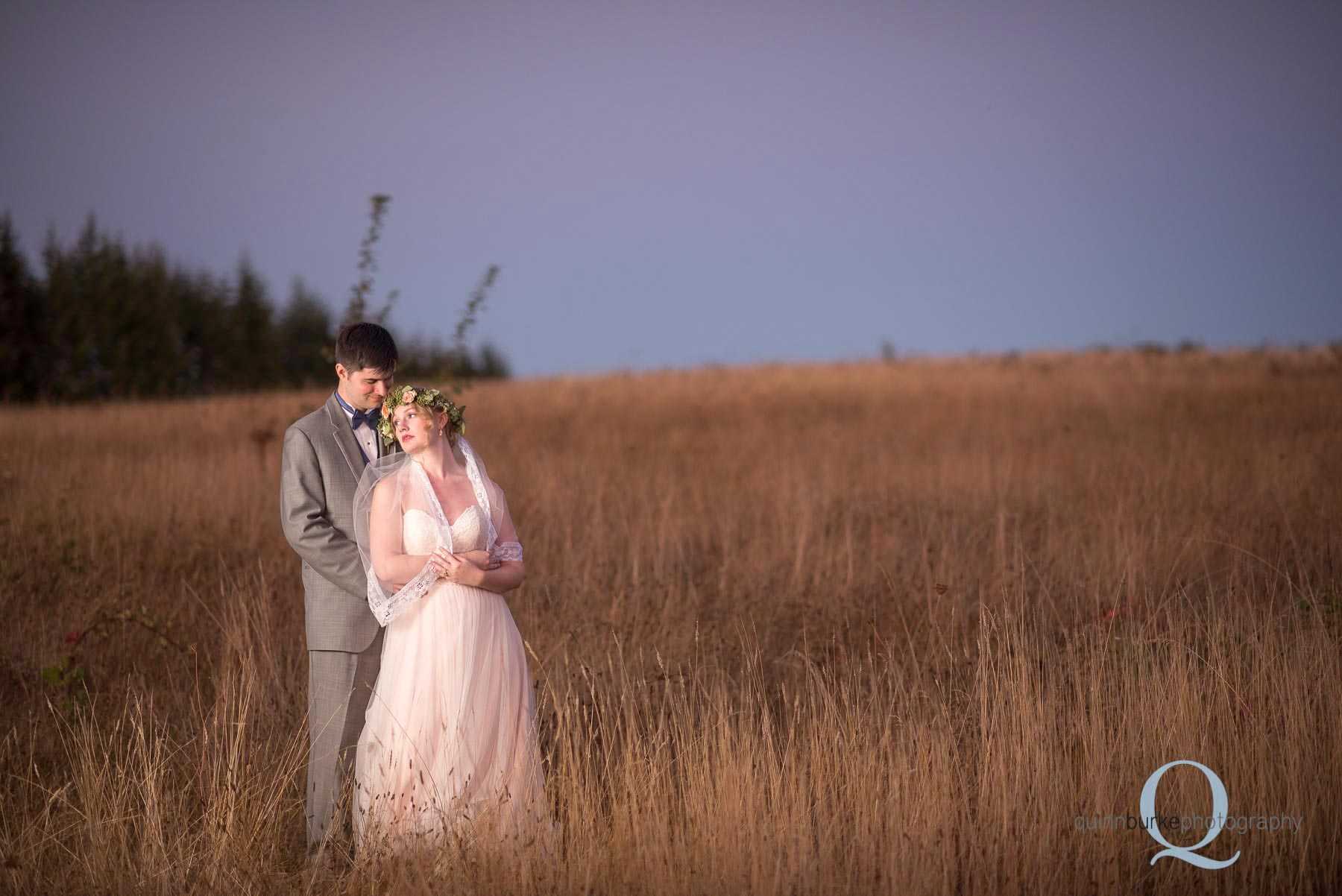 Perryhill Farm barn wedding oregon