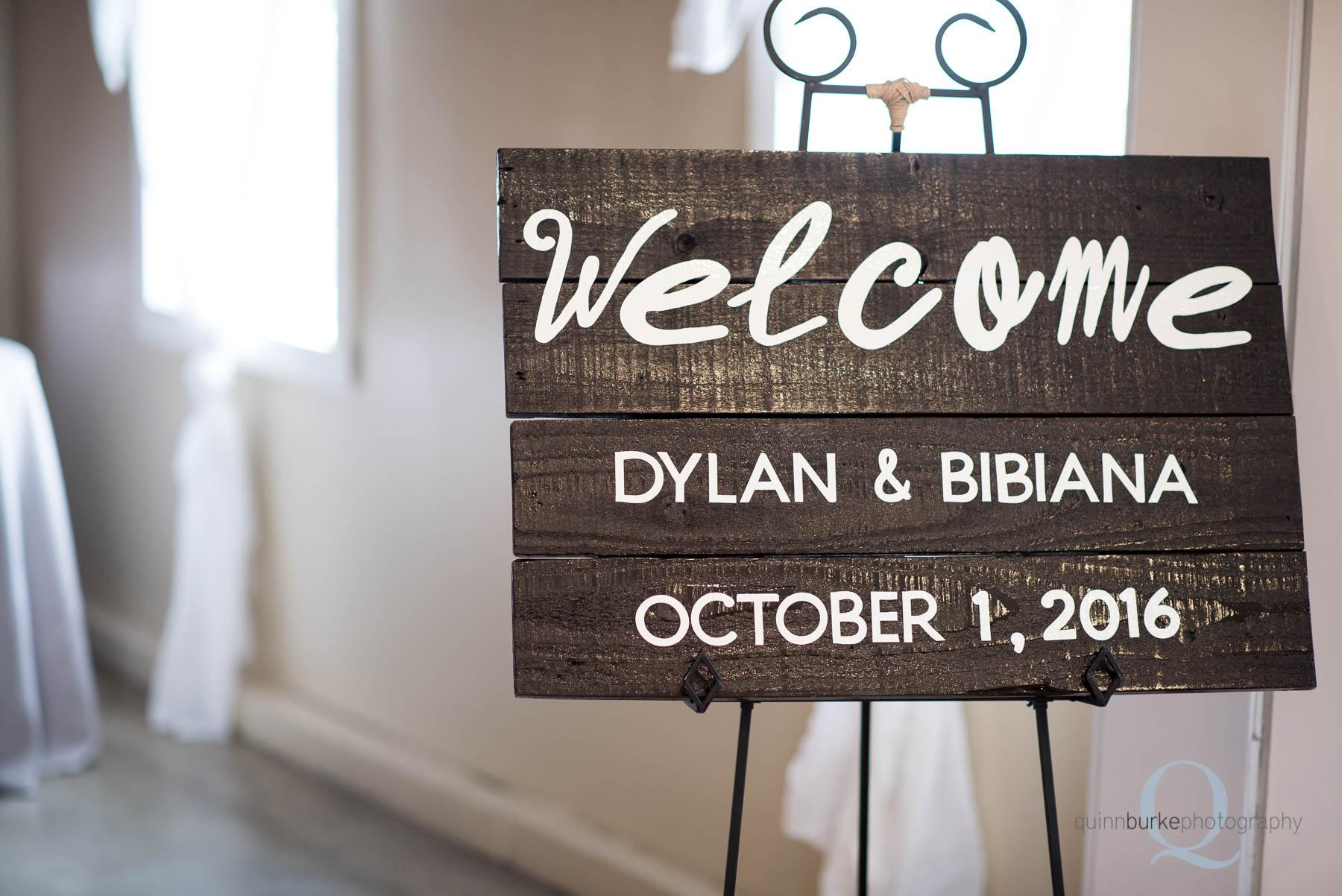 Green Villa Barn wedding sign