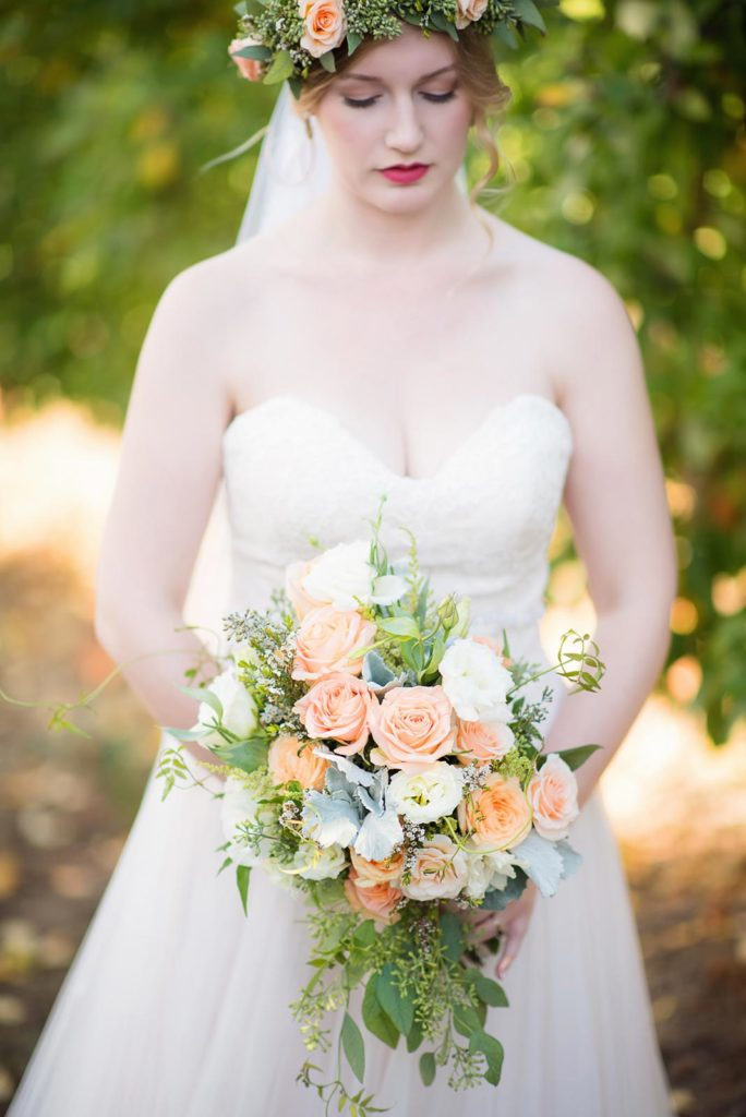 bride floral bouquet apple orchard perryhill farm wedding salem dallas oregon