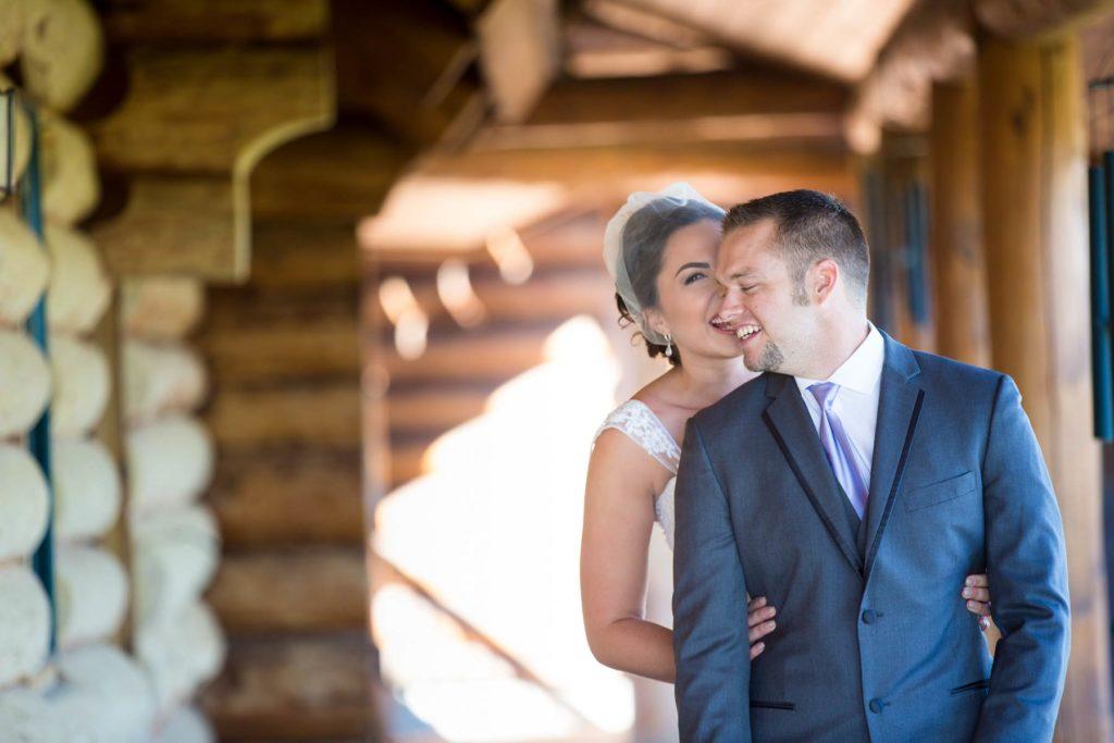 first look bride groom bend oregon wedding ranch cabin
